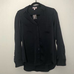 NWT EXPRESS BUTTON DOWN LONG SLEEVE SILKY BLOUSE